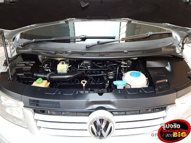 Volkswagen Caravelle 3.2 2009 photo - 2