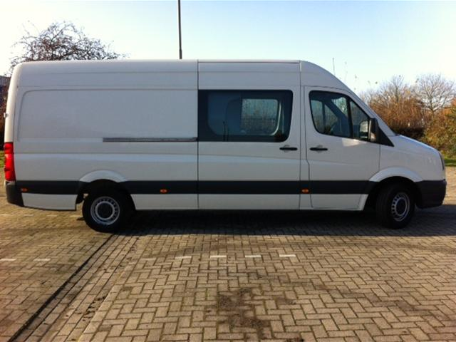 Volkswagen Crafter 2.5 2007 photo - 10