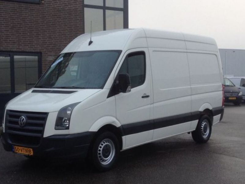 Volkswagen Crafter 2.5 2008 photo - 9