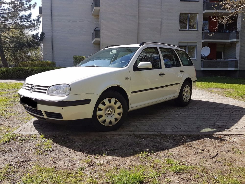 Volkswagen Golf 1.1 1995 photo - 7