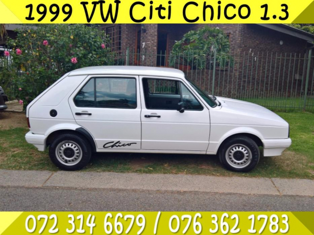 Volkswagen Golf 1.3 1999 photo - 8