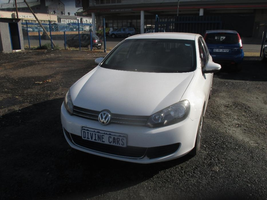 Volkswagen Golf 1.4 2011 photo - 7