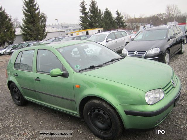 Volkswagen Golf 1.6 1998 photo - 3