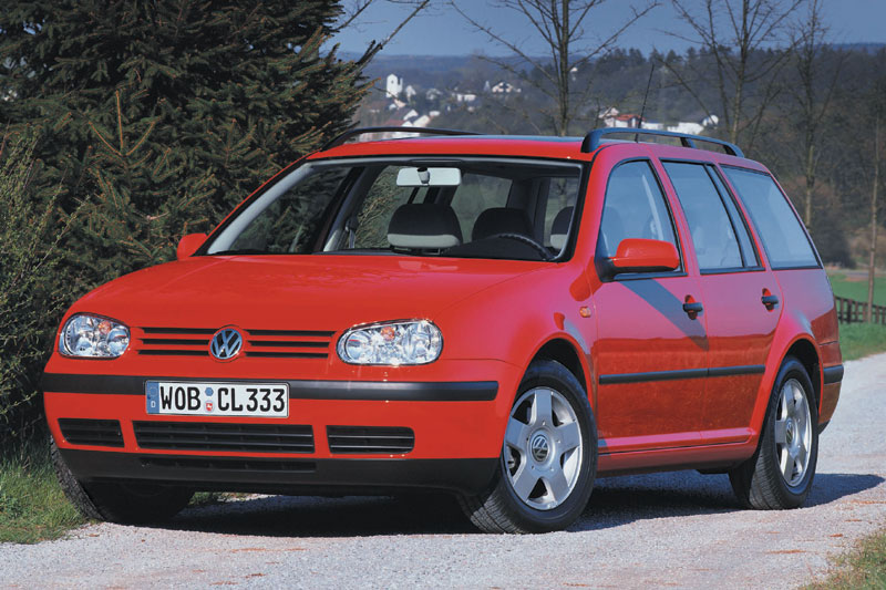 Volkswagen Golf 1.6 1999 photo - 1
