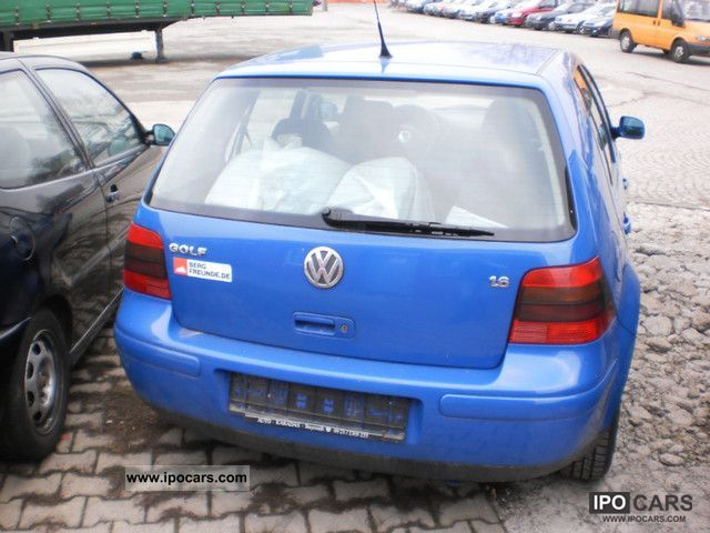Volkswagen Golf 1.6 1999 photo - 6