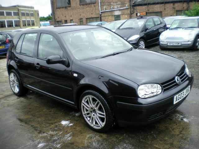 Volkswagen Golf 1.6 2003 photo - 5