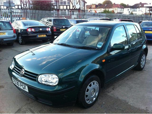 Volkswagen Golf 1.6 2003 photo - 6