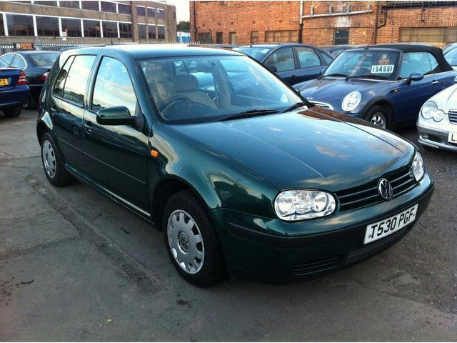 Volkswagen Golf 1.6 2003 photo - 8