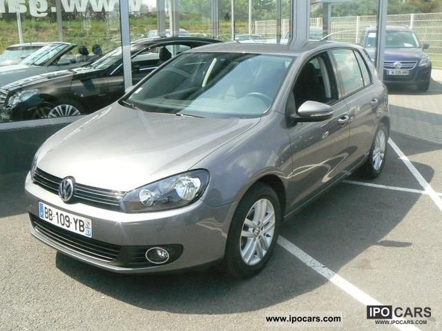 Volkswagen Golf 1.6 2010 photo - 10