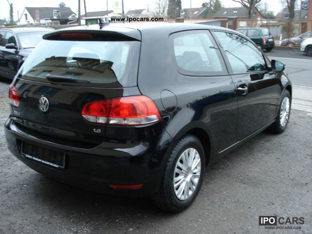 Volkswagen Golf 1.6 2010 photo - 3