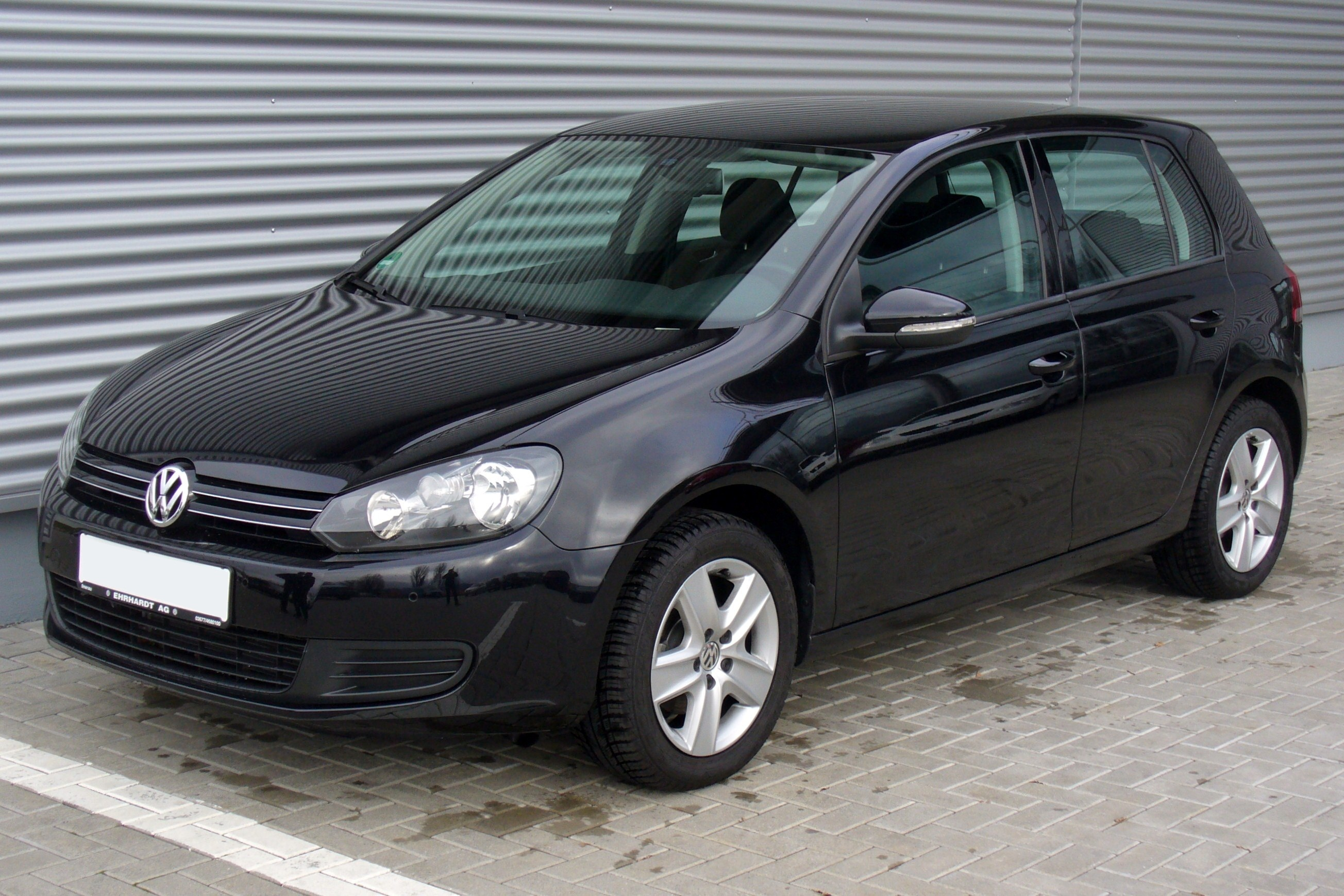 Volkswagen Golf 1.6 2010 photo - 4