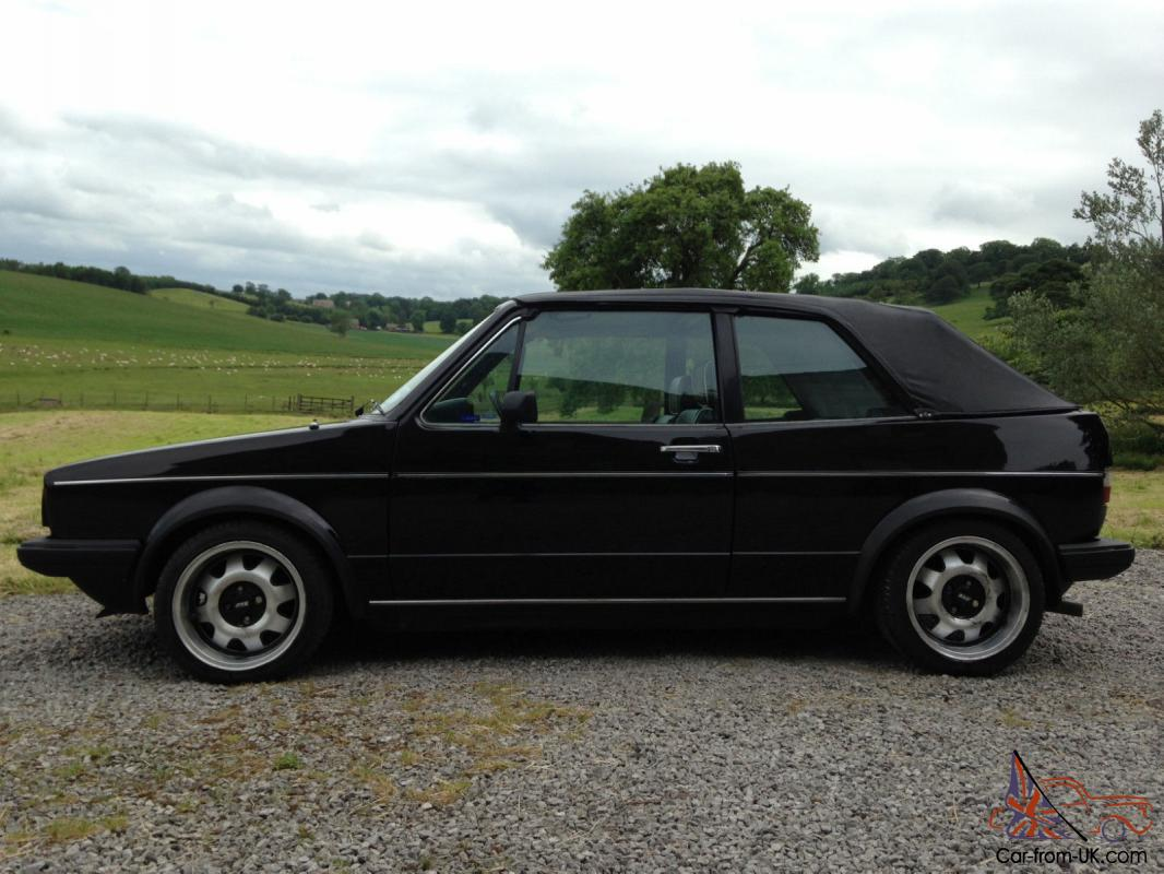 Volkswagen Golf 1.8 1985 photo - 12