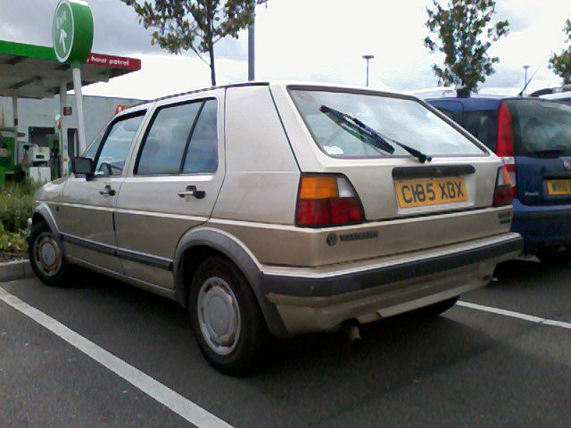 Volkswagen Golf 1.8 1985 photo - 4