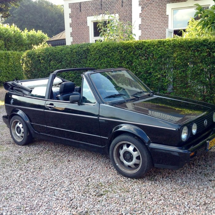 Volkswagen Golf 1.8 1988 photo - 3