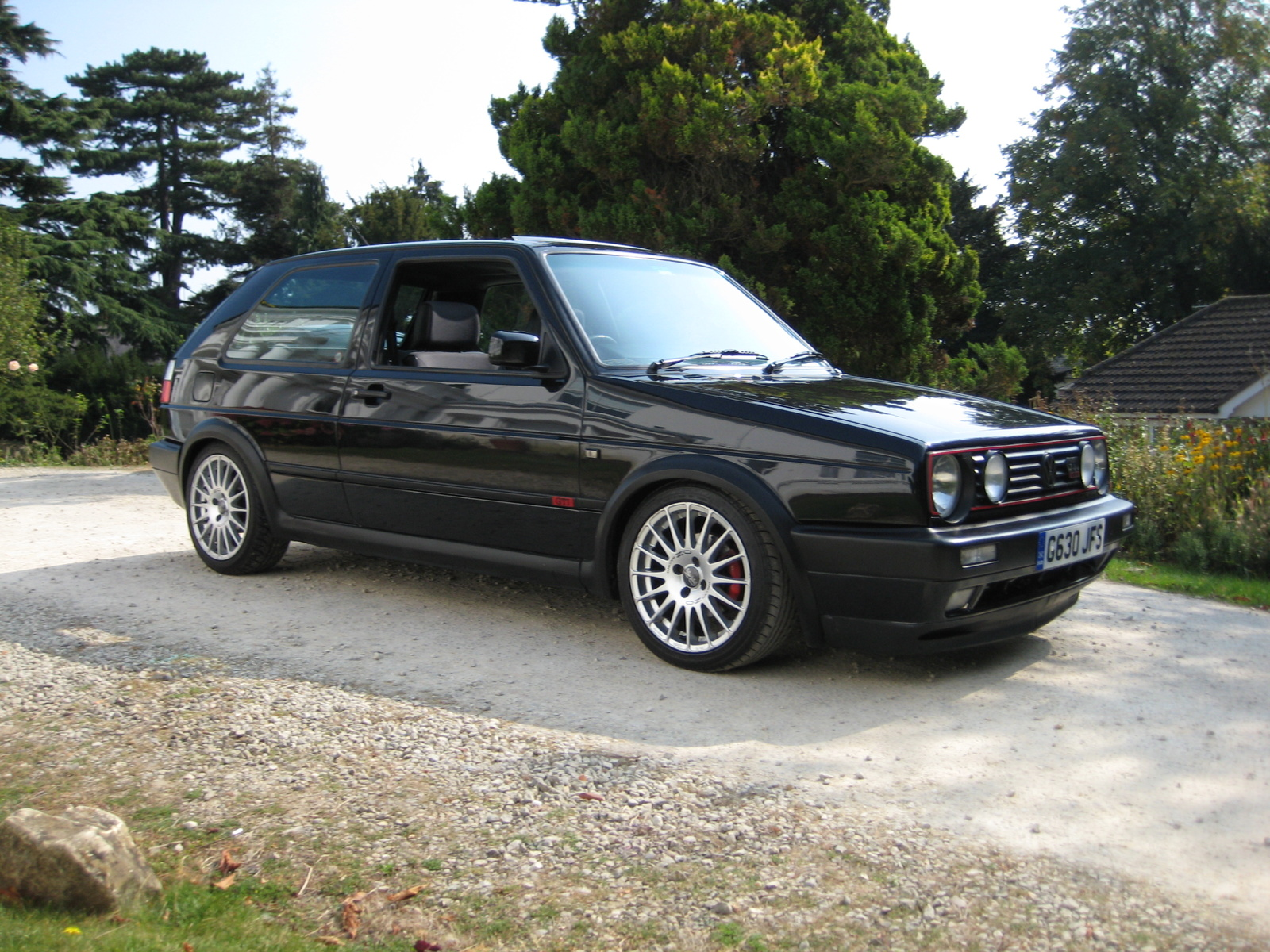 Volkswagen Golf 1.8 1990 photo - 9