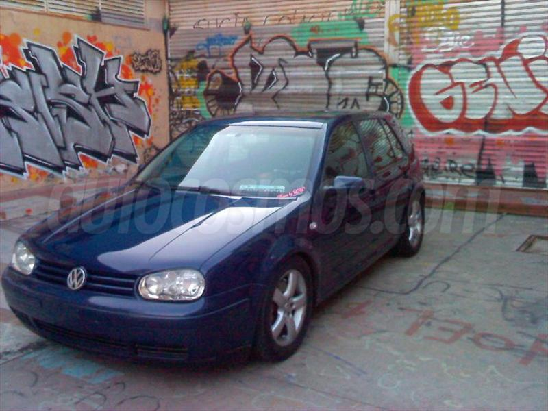 Volkswagen Golf 1.8 2004 photo - 12