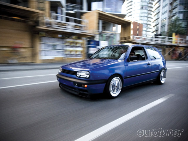 Volkswagen Golf 1.8T 1996 photo - 12