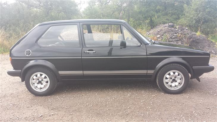 Volkswagen Golf 1.8i 1983 photo - 7
