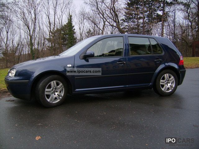 Volkswagen Golf 1.9 2003 photo - 1