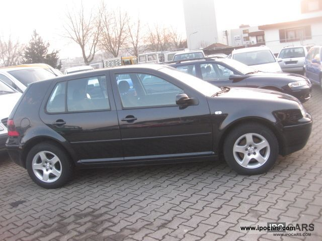 Volkswagen Golf 1.9 2003 photo - 2