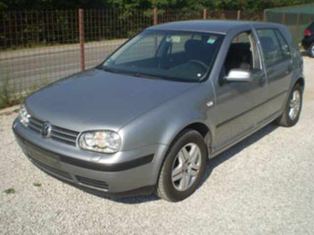 Volkswagen Golf 1.9 2003 photo - 7
