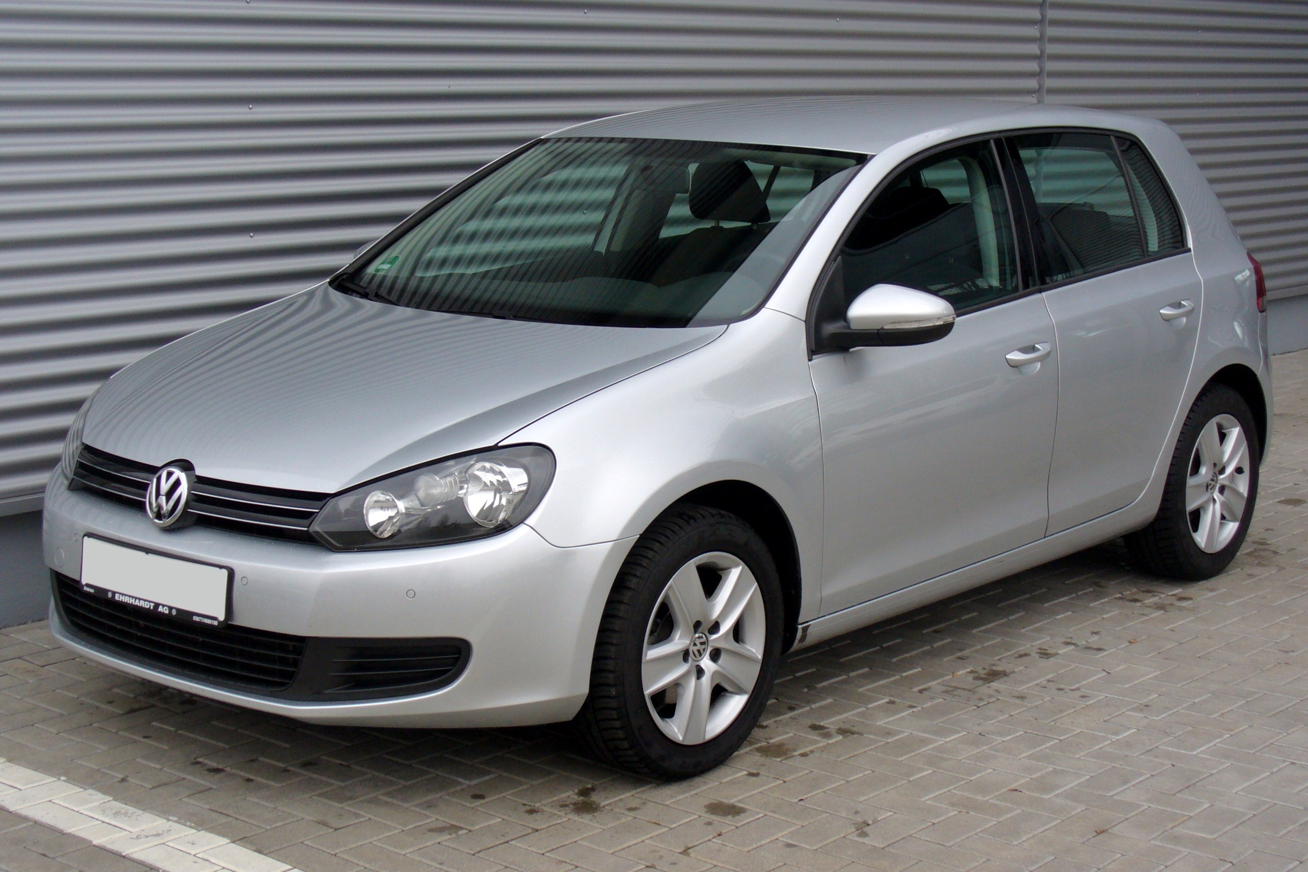 Volkswagen Golf 1.9 2010 photo - 8