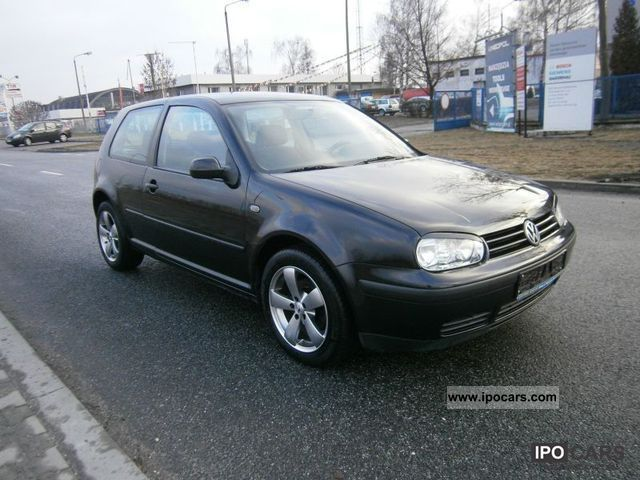Volkswagen Golf 2.3 1999 photo - 3