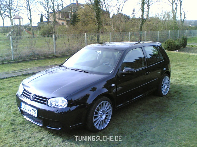 Volkswagen Golf 2.3 1999 photo - 5