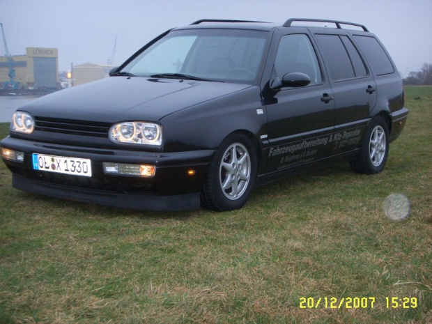 Volkswagen Golf 2.9 1996 photo - 4