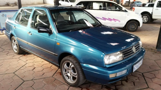 Volkswagen Jetta 1.4 1994 photo - 5