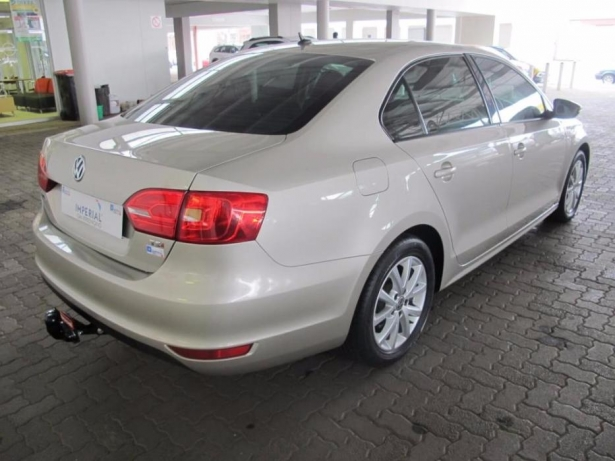 Volkswagen Jetta 1.4 2014 photo - 12