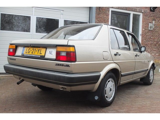 Volkswagen Jetta 1.6 1984 photo - 2