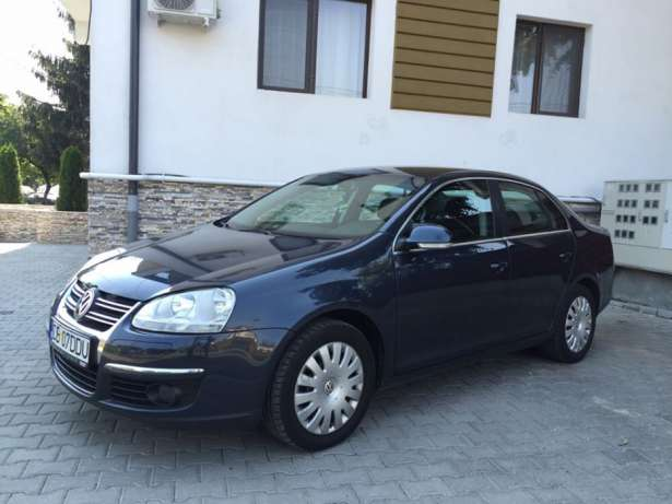 Volkswagen Jetta 1.6 2008 photo - 12