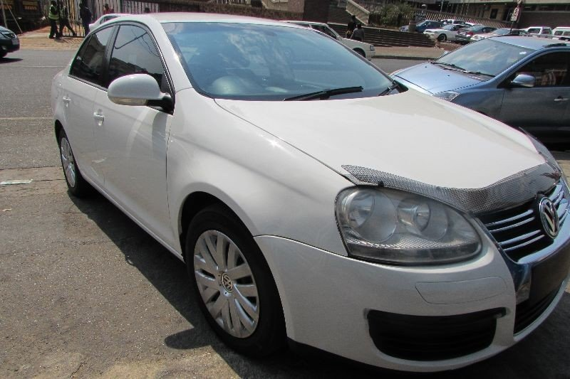 Volkswagen Jetta 1.6 2011 photo - 8