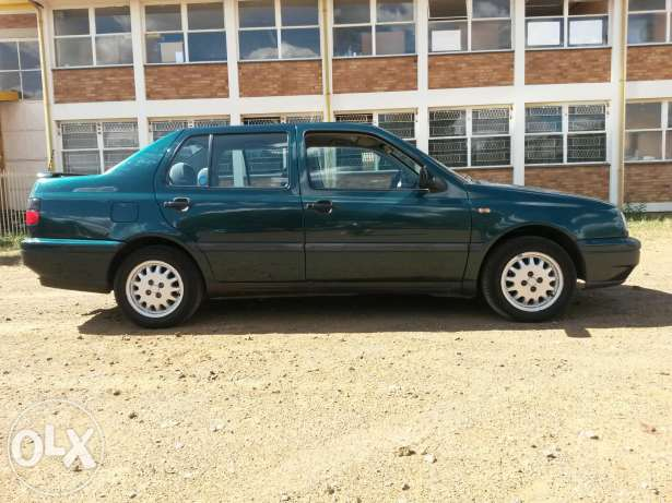 Volkswagen Jetta 1.8 1996 photo - 2