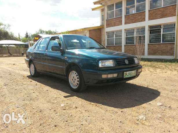 Volkswagen Jetta 1.8 1996 photo - 4