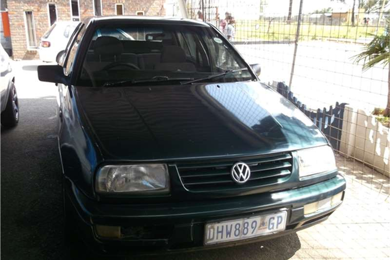 Volkswagen Jetta 1.8 1996 photo - 6