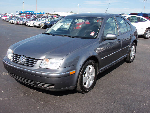 Volkswagen Jetta 1.9 2005 photo - 1