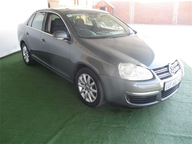 Volkswagen Jetta 1.9 2005 photo - 12