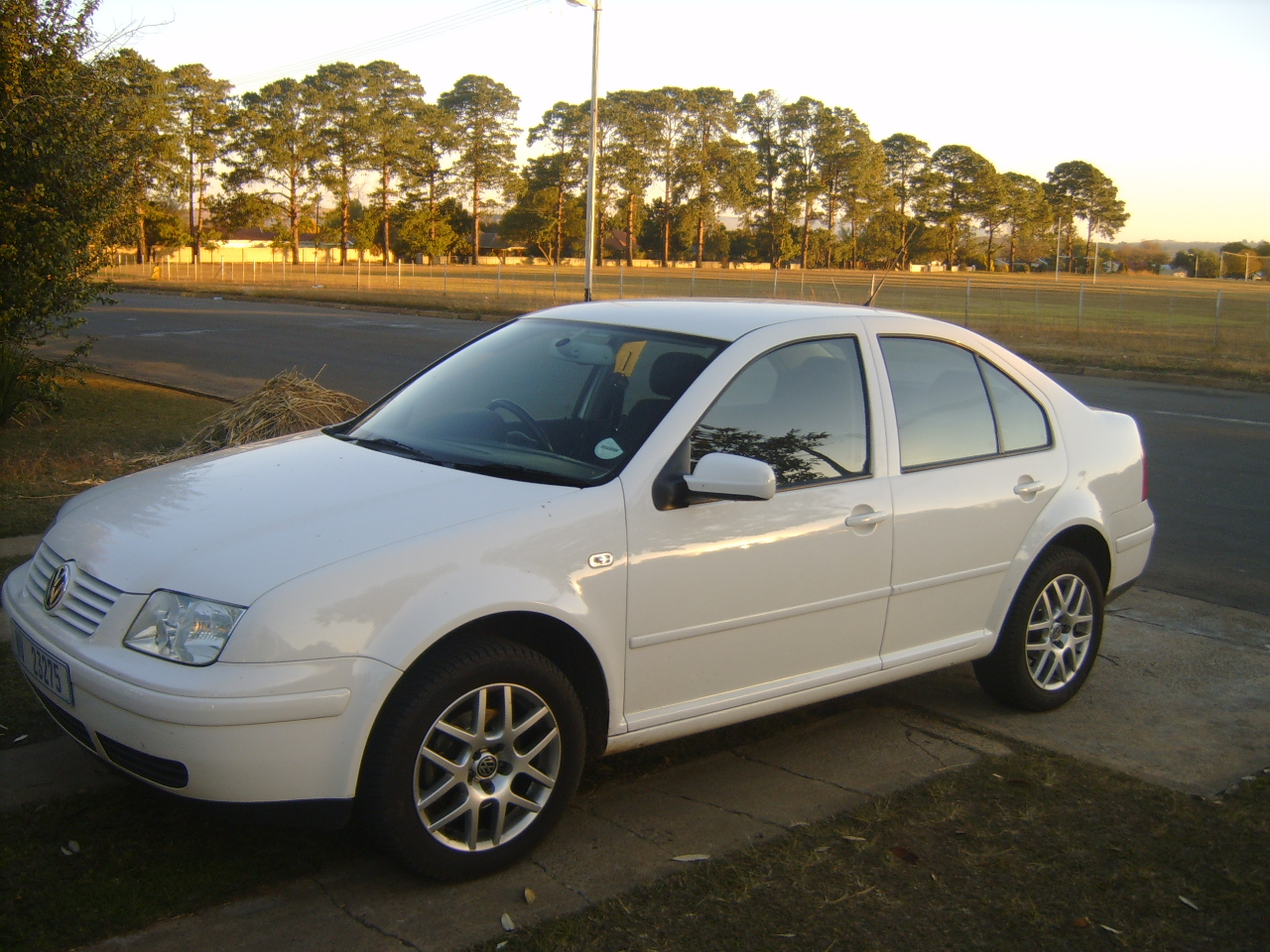Volkswagen Jetta 1.9 2005 photo - 6