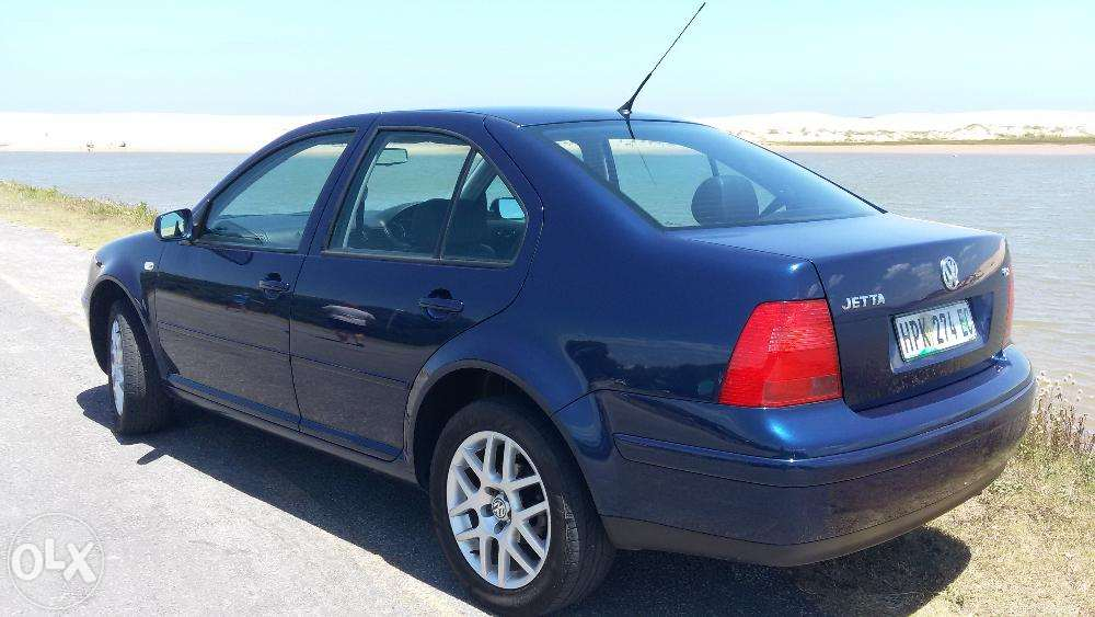 Volkswagen Jetta 1.9 2005 photo - 9