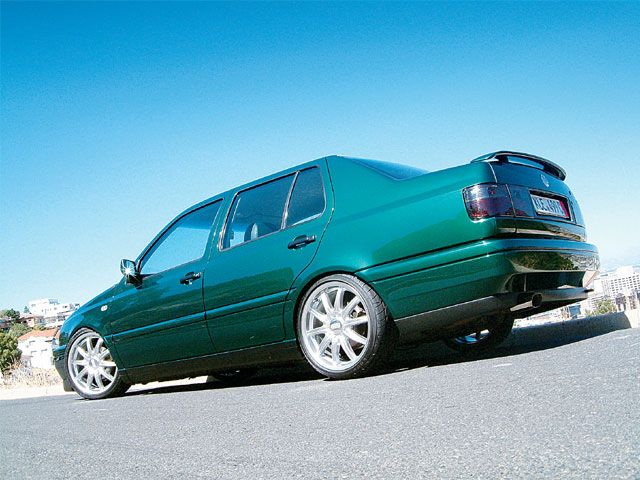 Volkswagen Jetta 2.0 1998 photo - 2