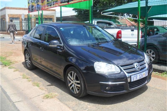 Volkswagen Jetta 2.0 2008 photo - 2
