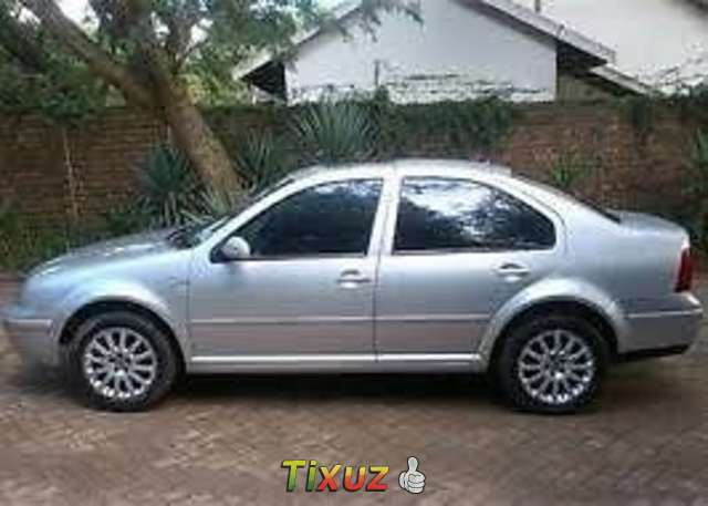 Volkswagen Jetta 2.3 2004 photo - 10