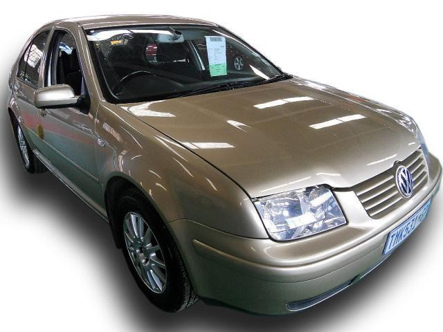 Volkswagen Jetta 2.3 2004 photo - 7