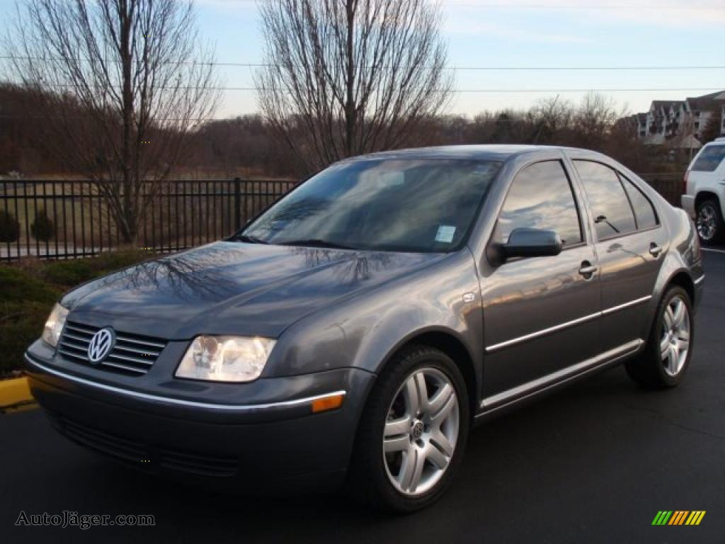Volkswagen Jetta 2.3 2004 photo - 9