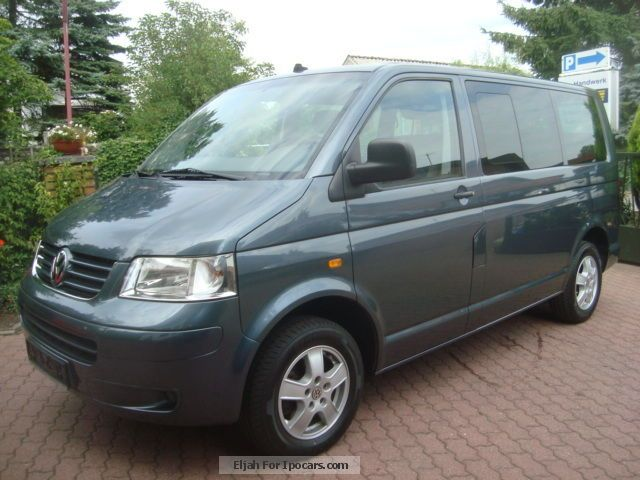 Volkswagen Multivan 1.9 2014 photo - 11