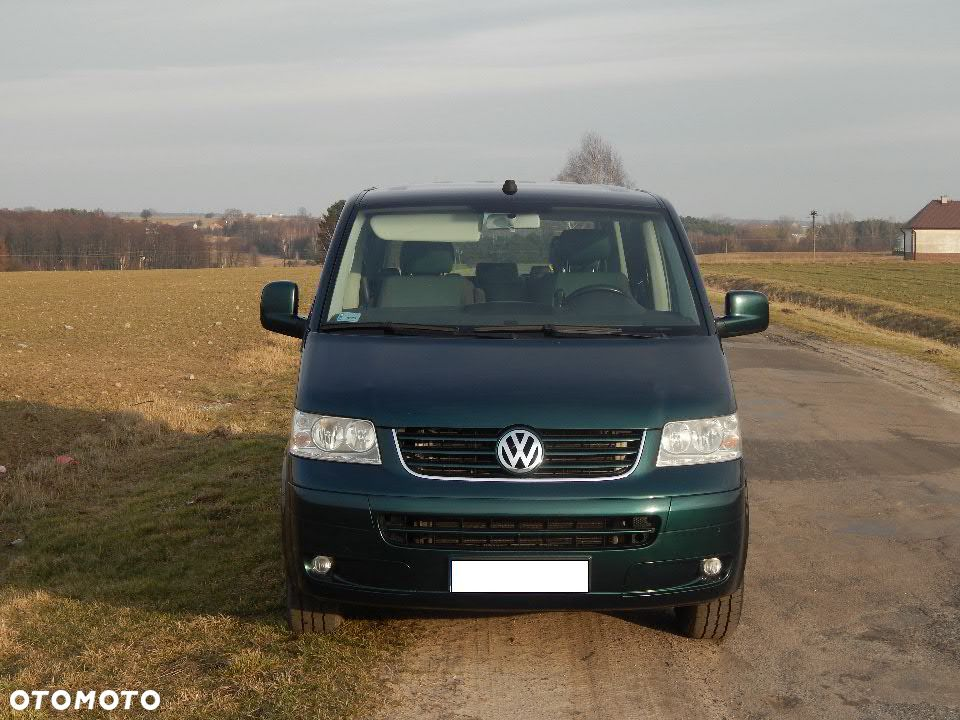 Volkswagen Multivan 1.9 2014 photo - 9