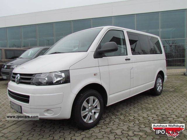 Volkswagen Multivan 2.0 2010 photo - 2