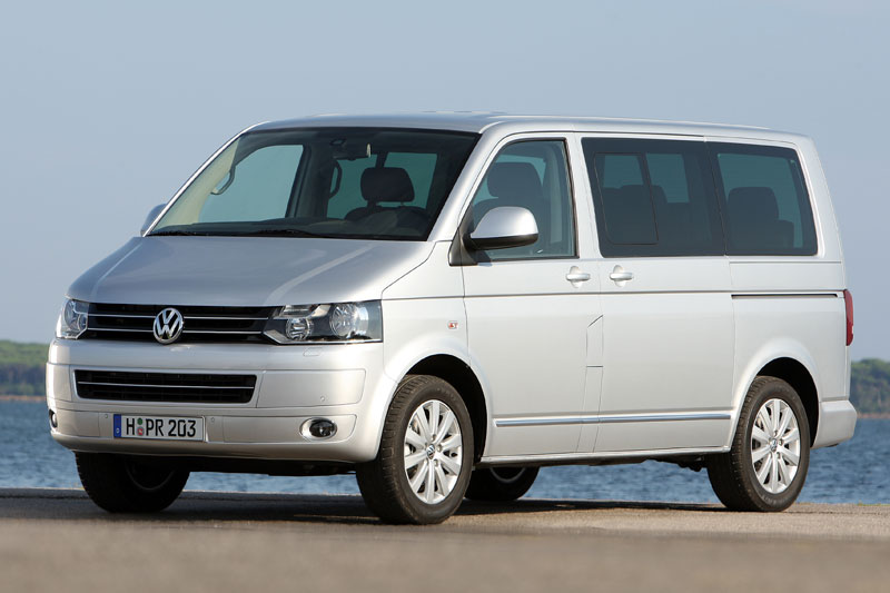 Volkswagen Multivan 2.0 2010 photo - 5